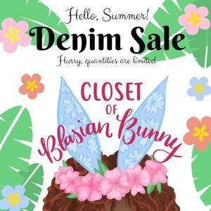 Hello Summer Denim Sale! Jeans Shorts Crop Distres